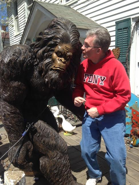 Kissing bigfoot